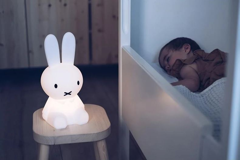 Velkomstpakke Miffy First Light kaninlampe